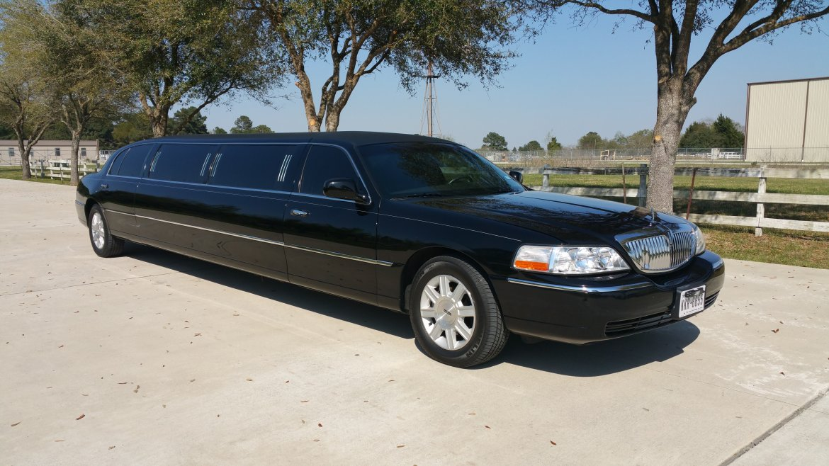 Used 2011 Lincoln Town Car For Sale Ws 11081 We Sell Limos