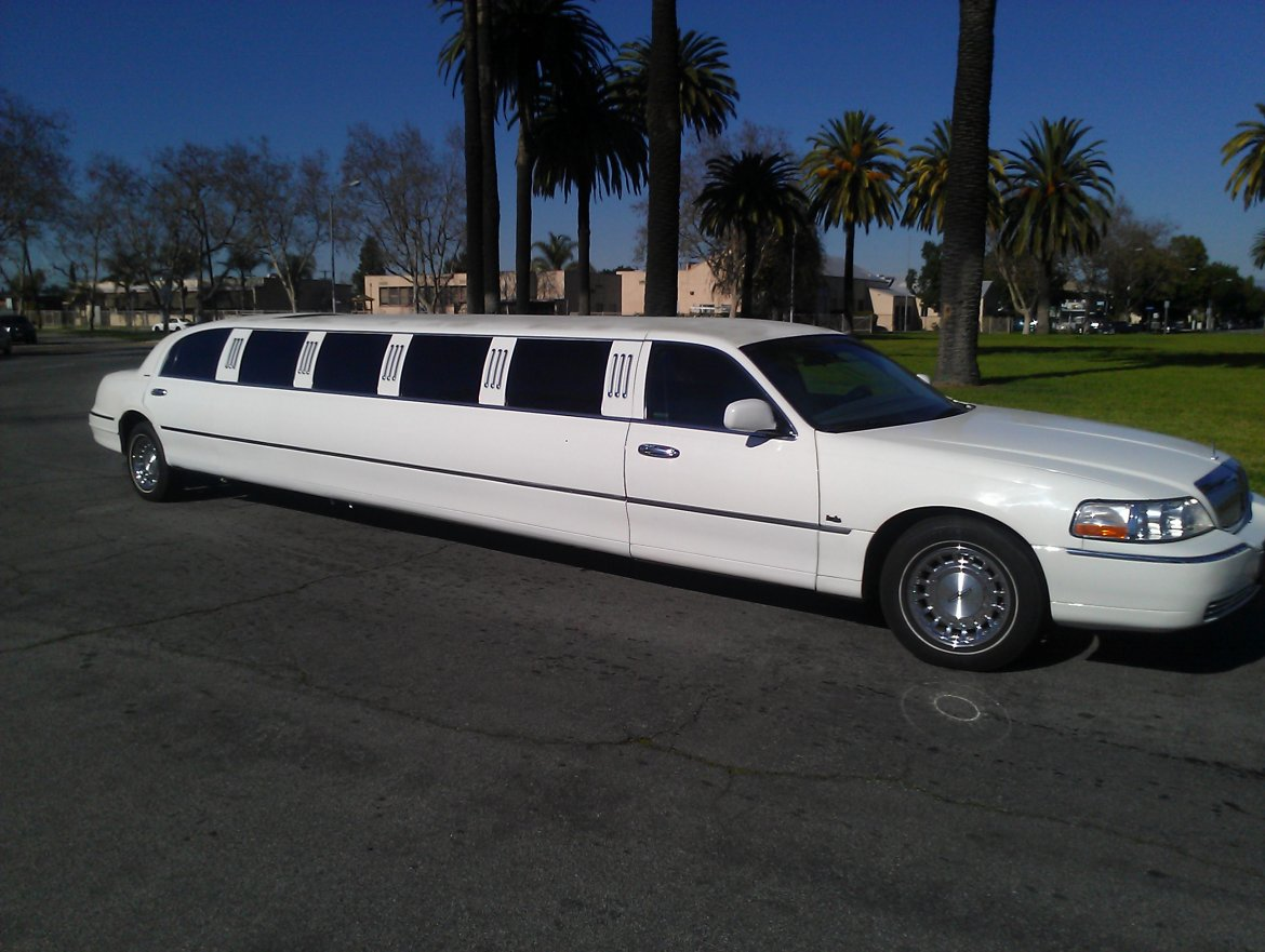 Limousine For 1998 Lincoln Town Car 140