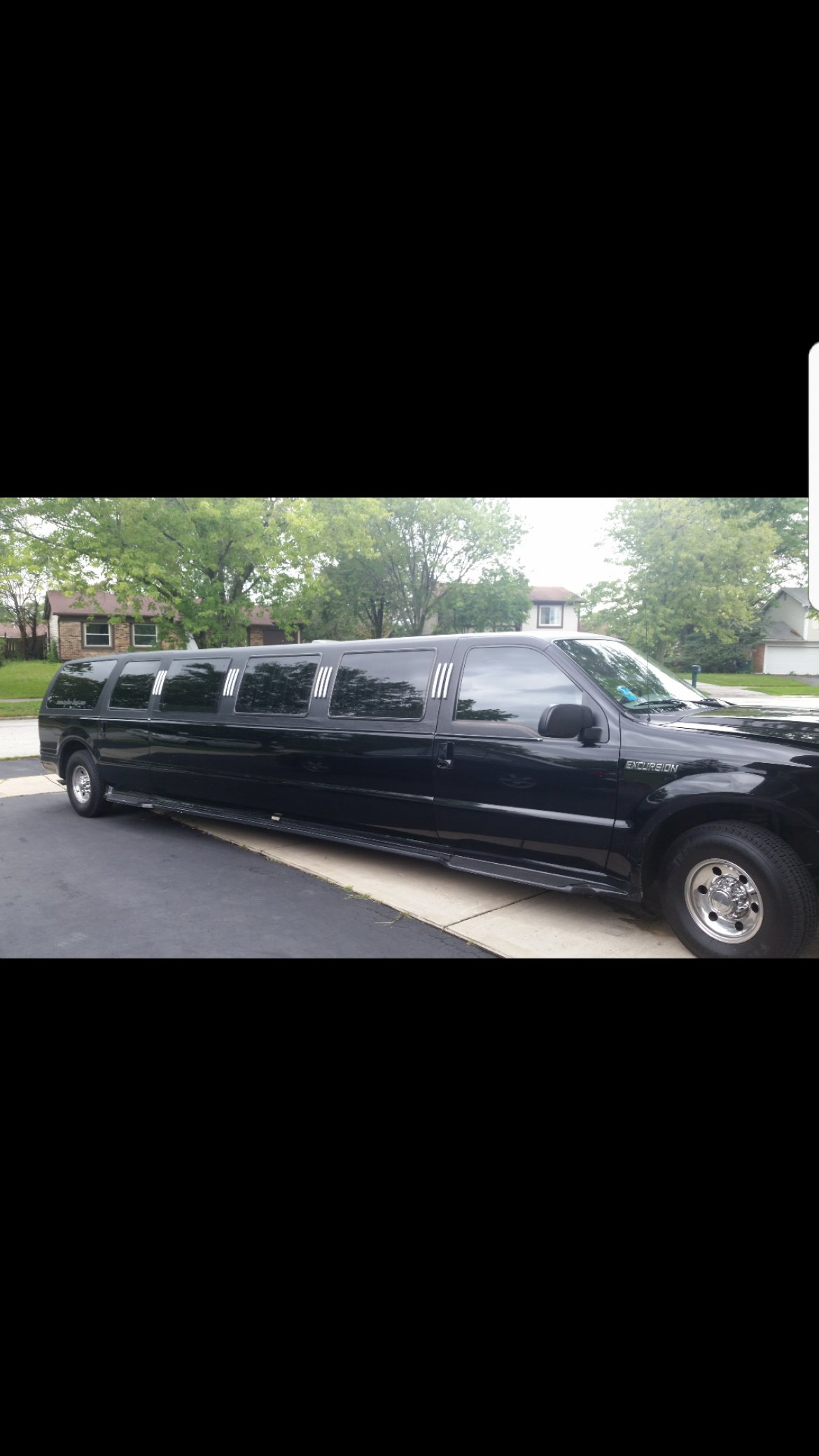 Limousine for sale: 2005 Ford Excursion 140""