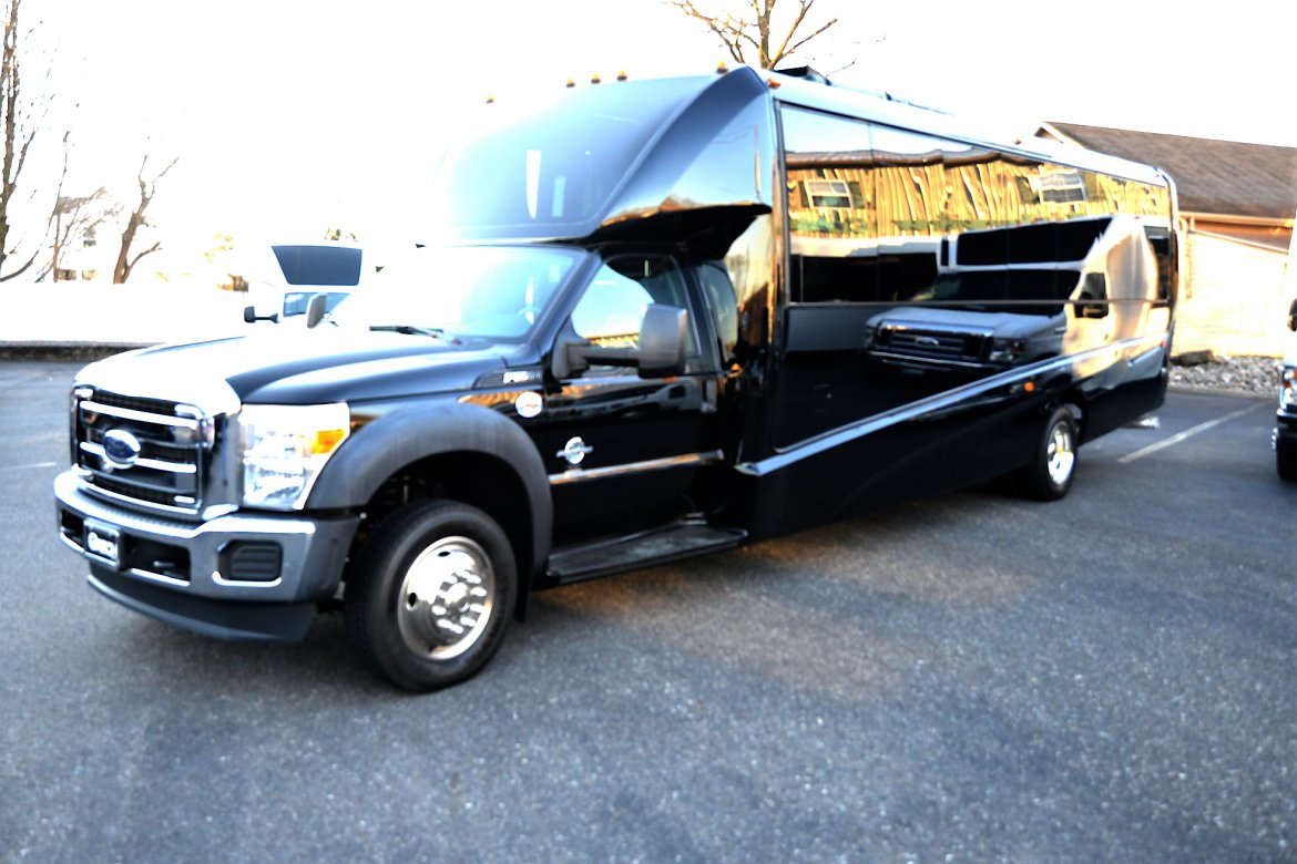 "Limo Bus for sale: 2017 Ford F-550 33"" by Grech Motors"