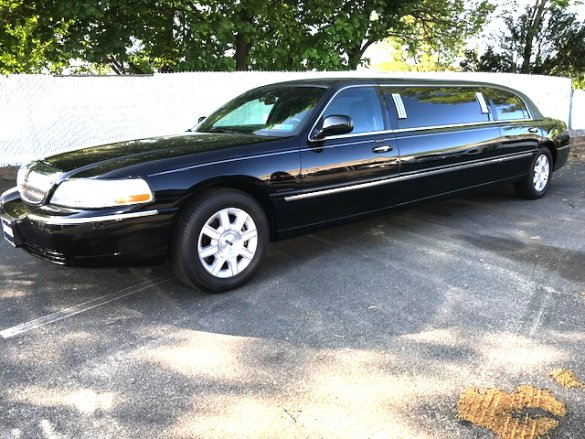 "Cars For Sale Nj >> Used 2007 Lincoln 72"" 5 door Town Car for sale #WS-11150 ..."