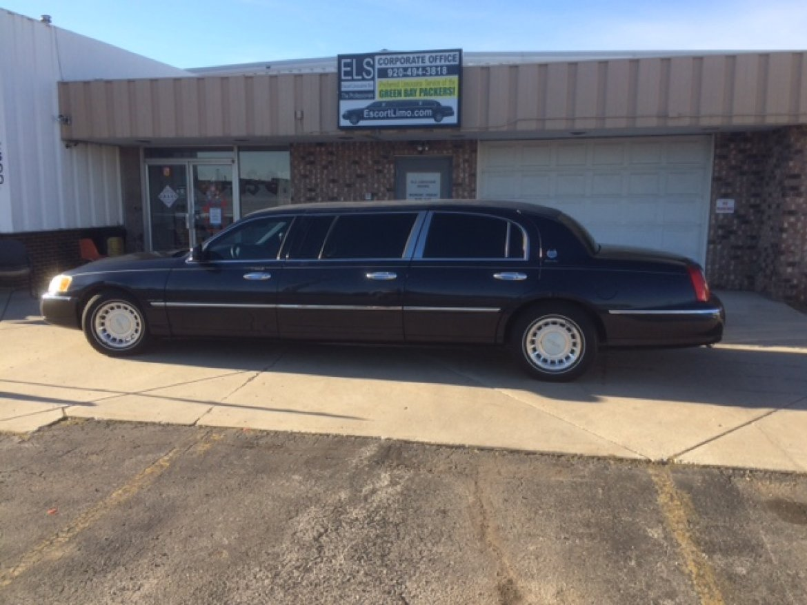 Used 2000 Lincoln Town Car For Sale Ws 11169 We Sell Limos
