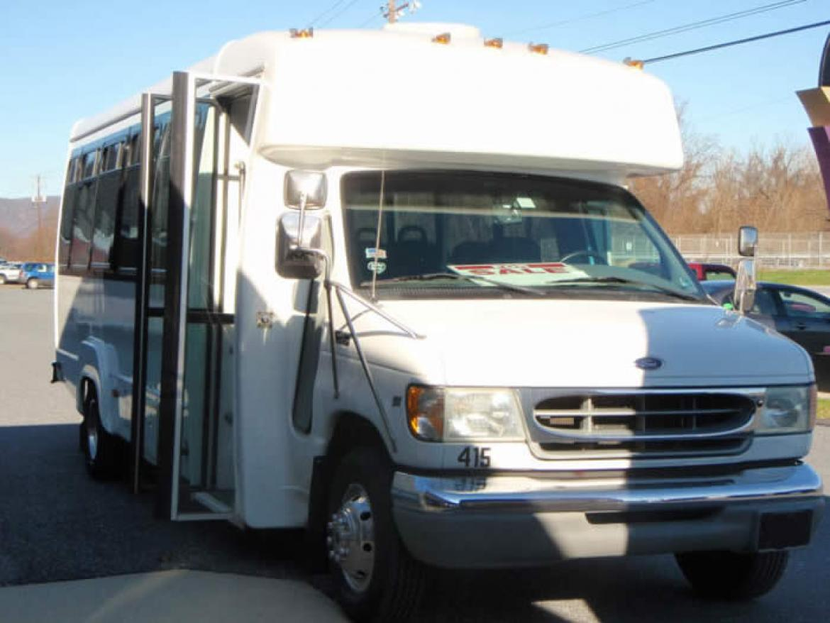 Used 2002 Ford Ford E45 25 Passenger for sale #10012 | We Sell Limos