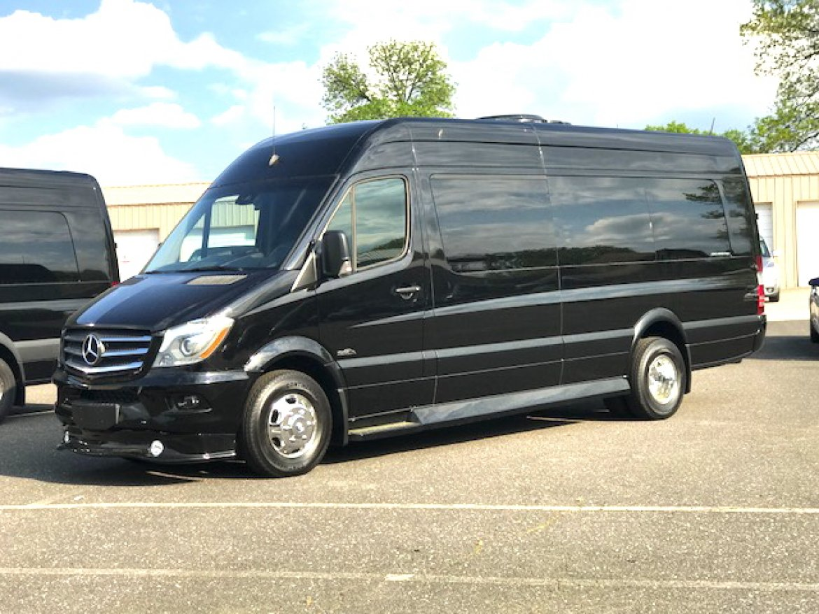 "Sprinter for sale: 2017 Mercedes-Benz Sprinter 3500 25"" by Midwest Automotive Design"