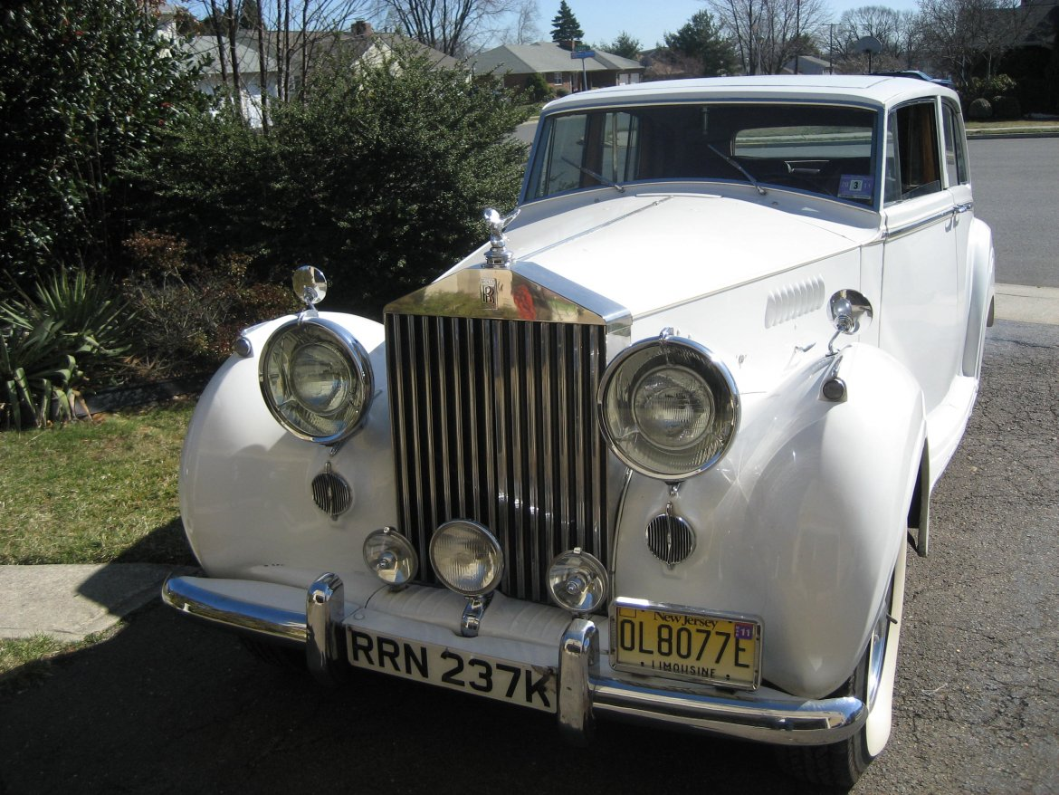 Antique for sale: 1953 Rolls-Royce Silver Wraith by Mueller