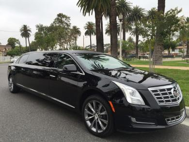 For sale: 2014 American Limousine Sales Cadillac XTS  Limousine