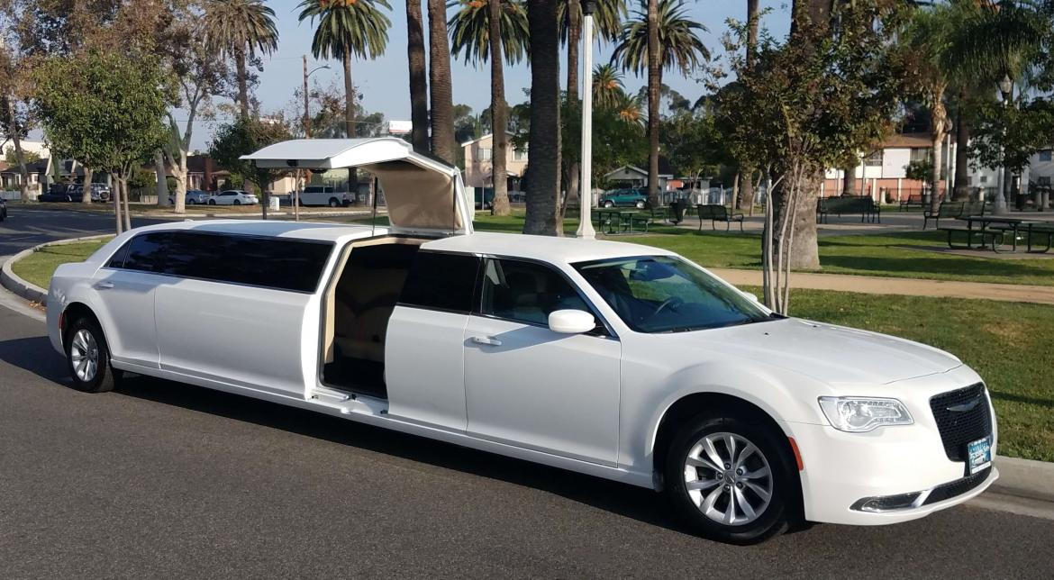 Limousine For Sale >> 2015 Chrysler 300 Jet Door For Sale 67995