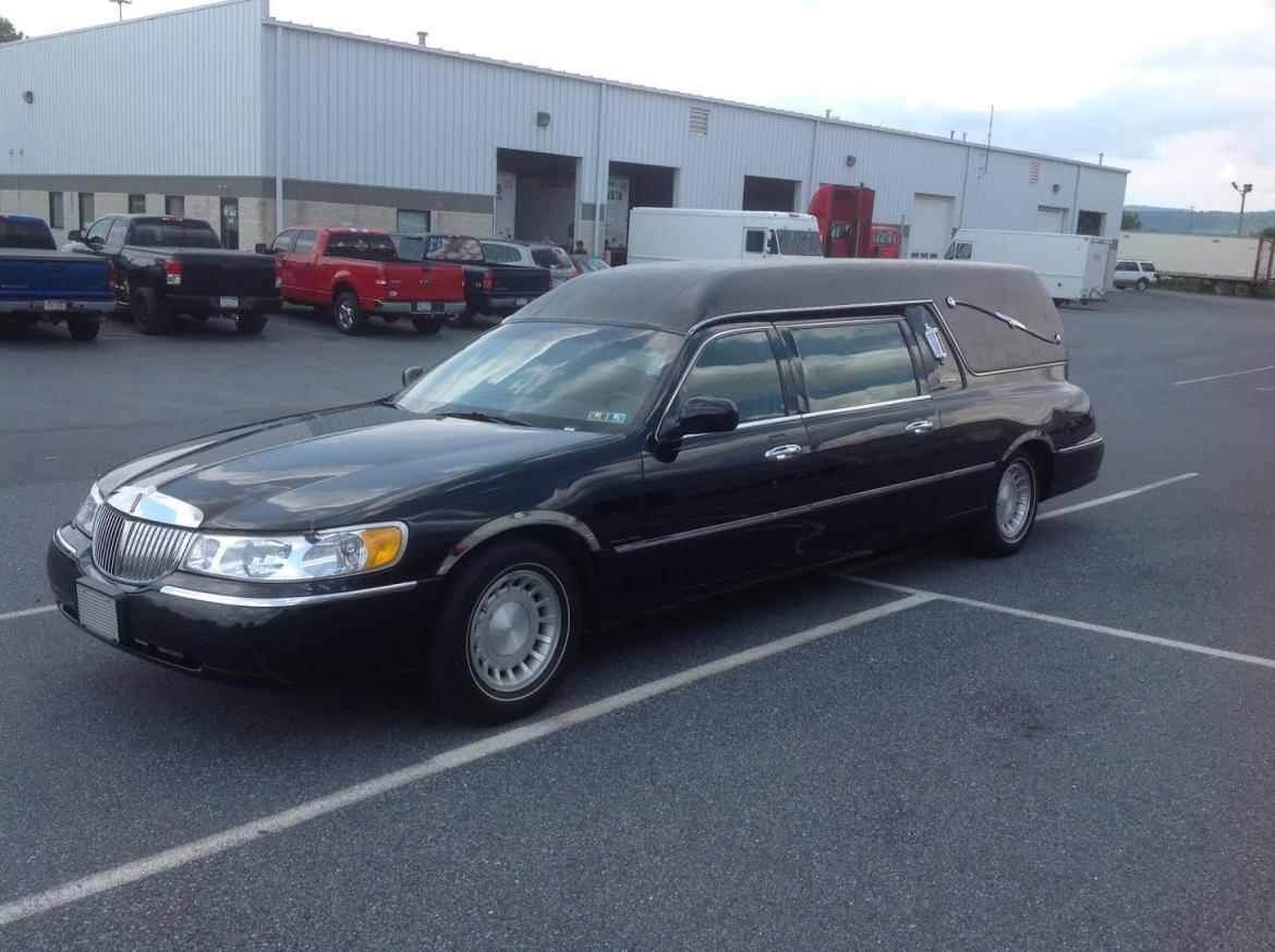 Used 2000 Lincoln Lincoln Town Car Hearse 818 For Sale Ws 10017