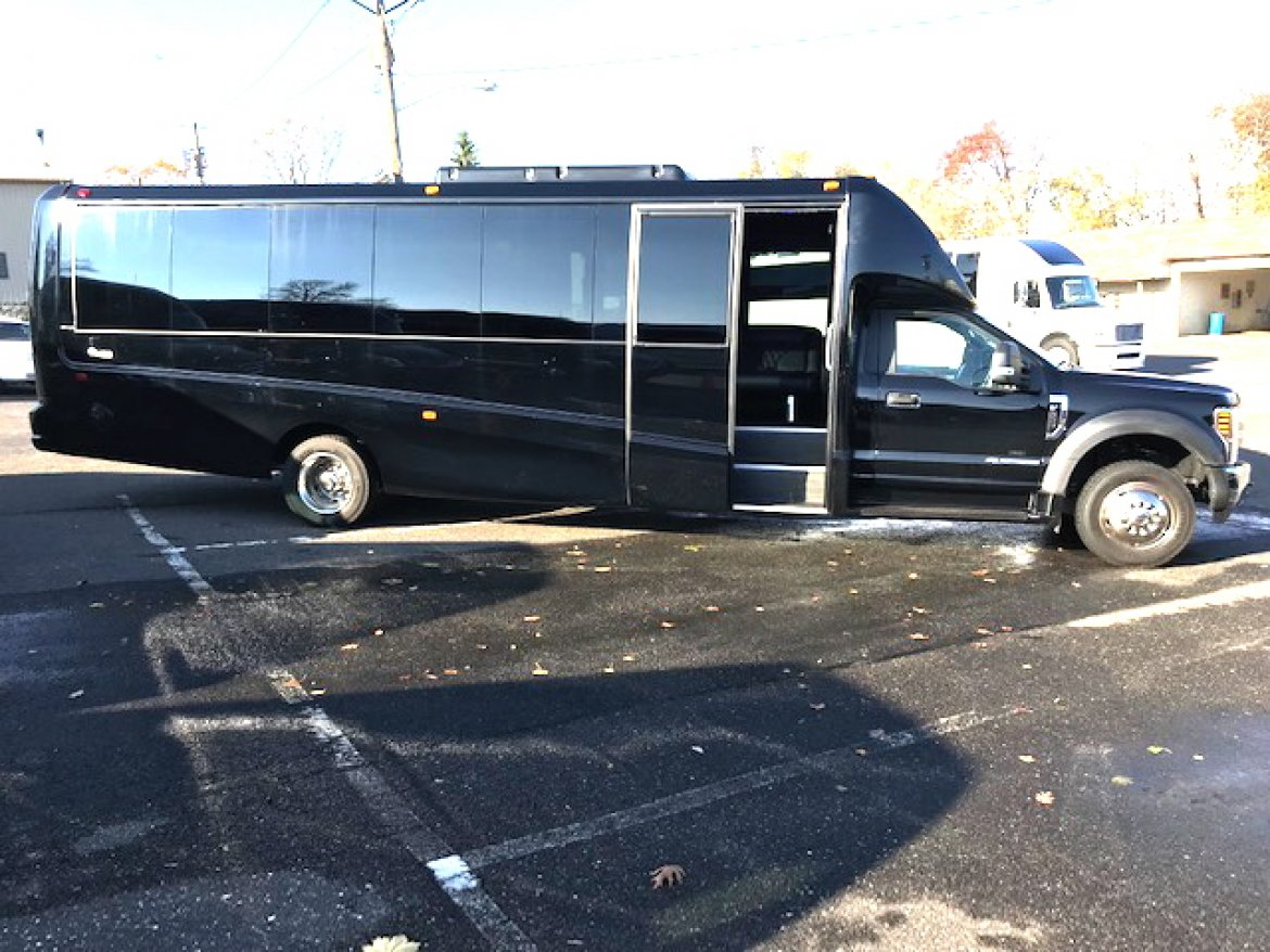 225 Party Buses And Limo For Sale