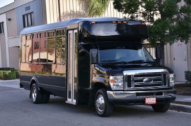 For sale: 2012 Eldorado Ford E-450 Limo Bus