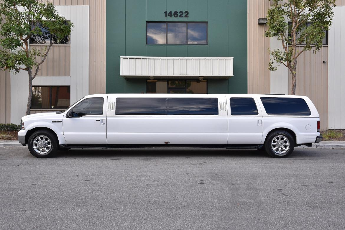 Limousine for sale 2005 ford excursion 140 by tiffany