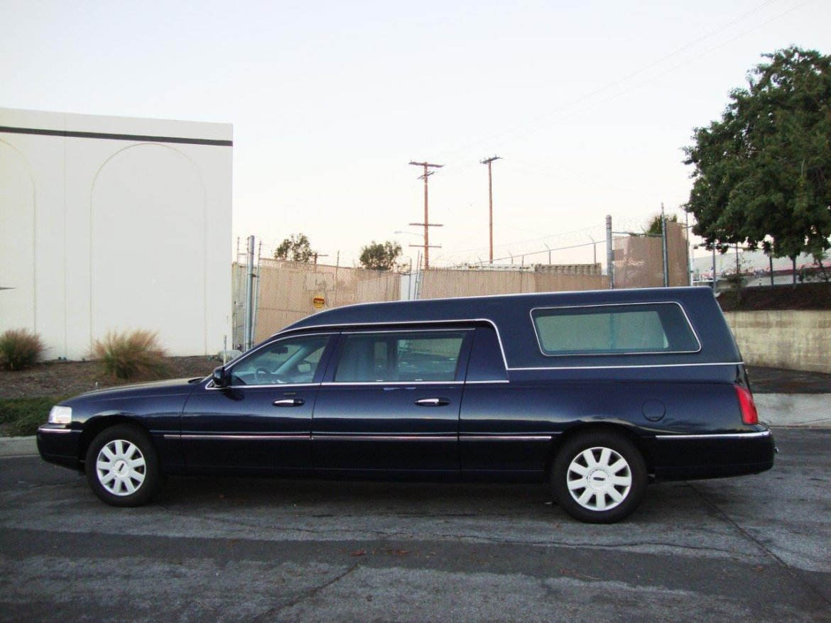 293 Lincoln Limousines For Sale We Sell Limos