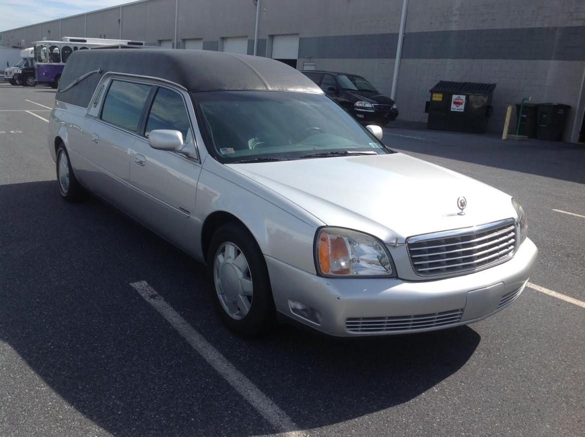 Used 2000 cadillac cadillac hearse 629 for sale ws for Used mercedes benz hearse for sale