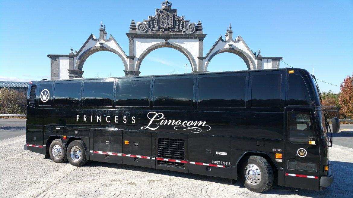 Tour Bus For Sale >> 296 Party Buses And Limo Buses For Sale Page 3 We Sell Limos