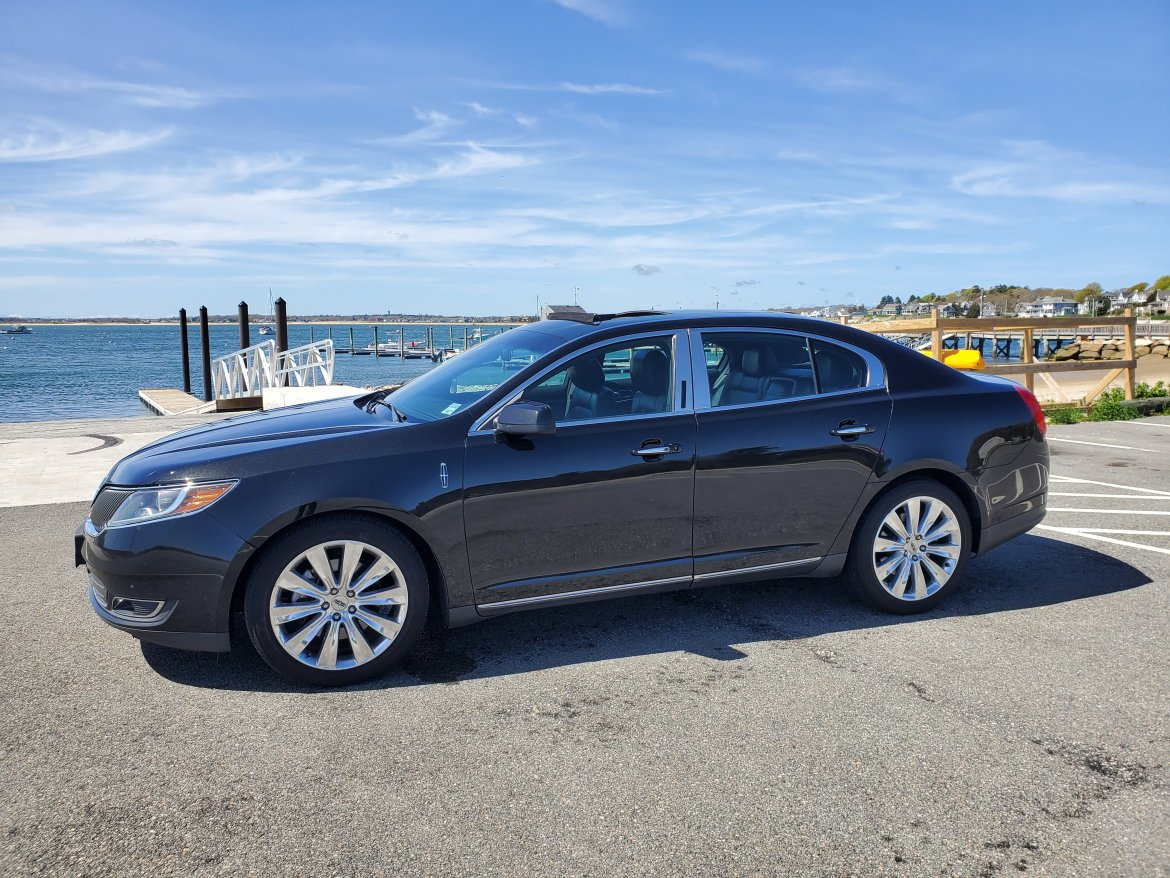 Sedan for sale: 2013 Lincoln MKS