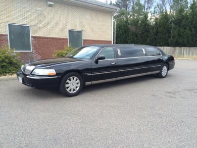 For sale: Lincoln Krystal Limo