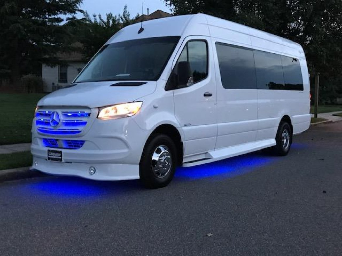 "Sprinter for sale: 2019 Mercedes-Benz 3500 25"" by Midwest Auto Design"