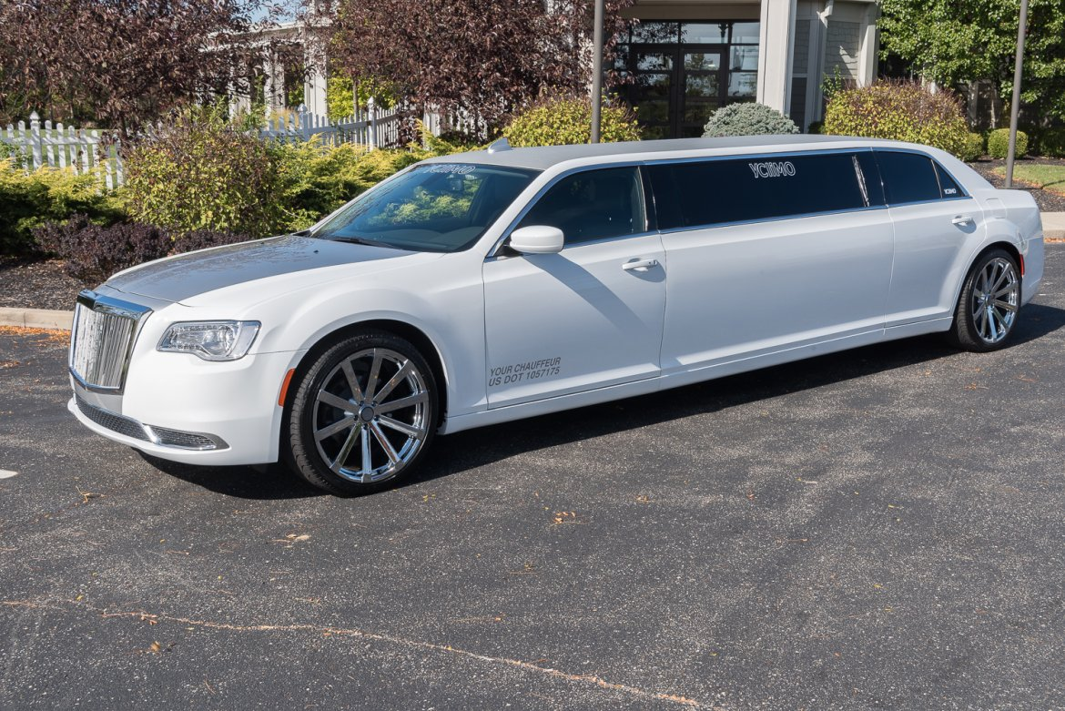 "Limousine for sale: 2017 Chrysler 300 80"" by Springfield"