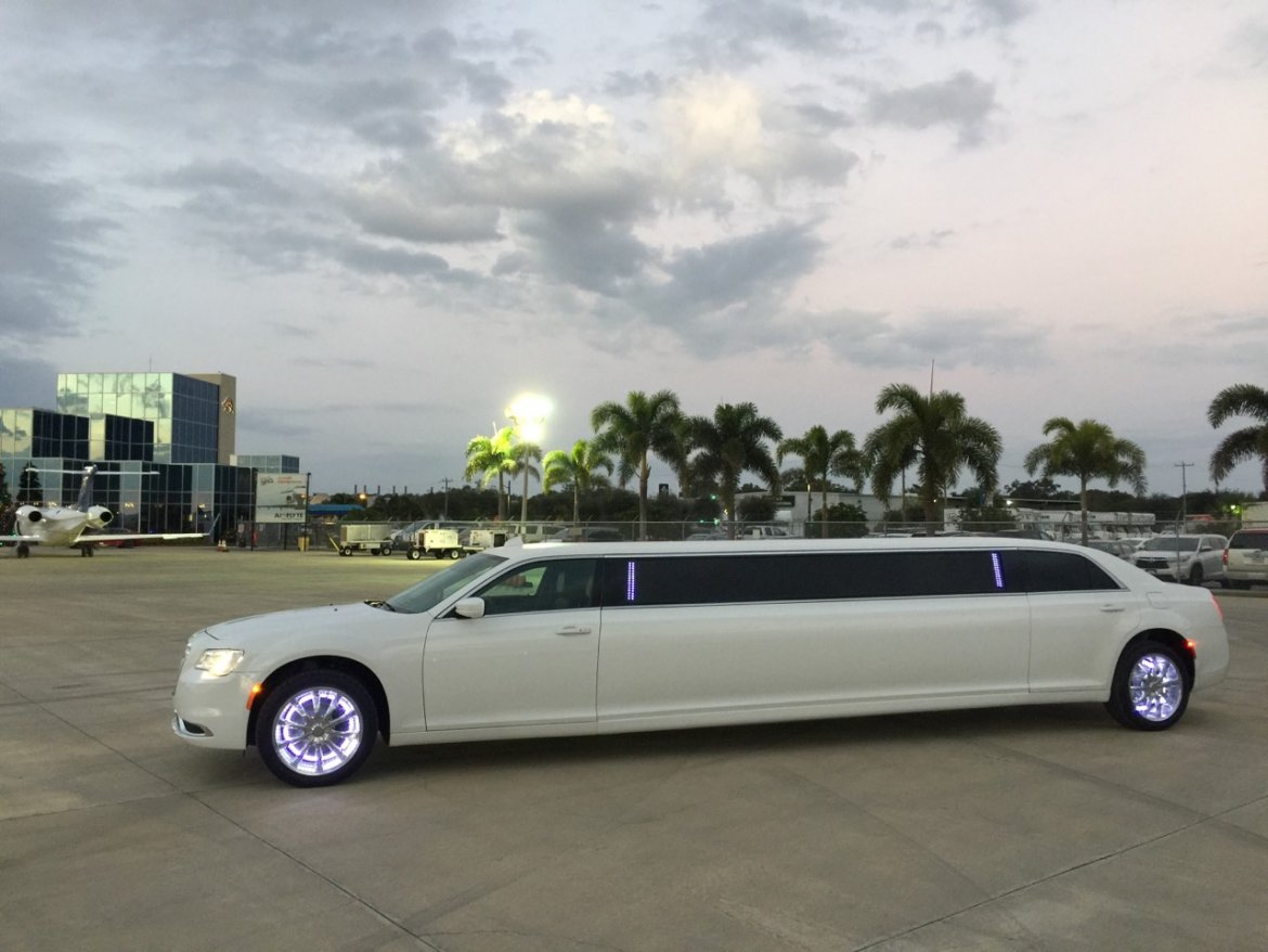 "Limousine for sale: 2016 Chrysler 300 140"" by Springfield"