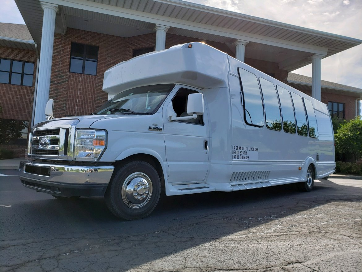 2014 Ford E450 for sale - $65000