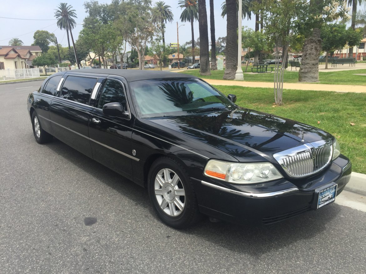 Limousine for sale: 2007 Lincoln Lincoln by Federal