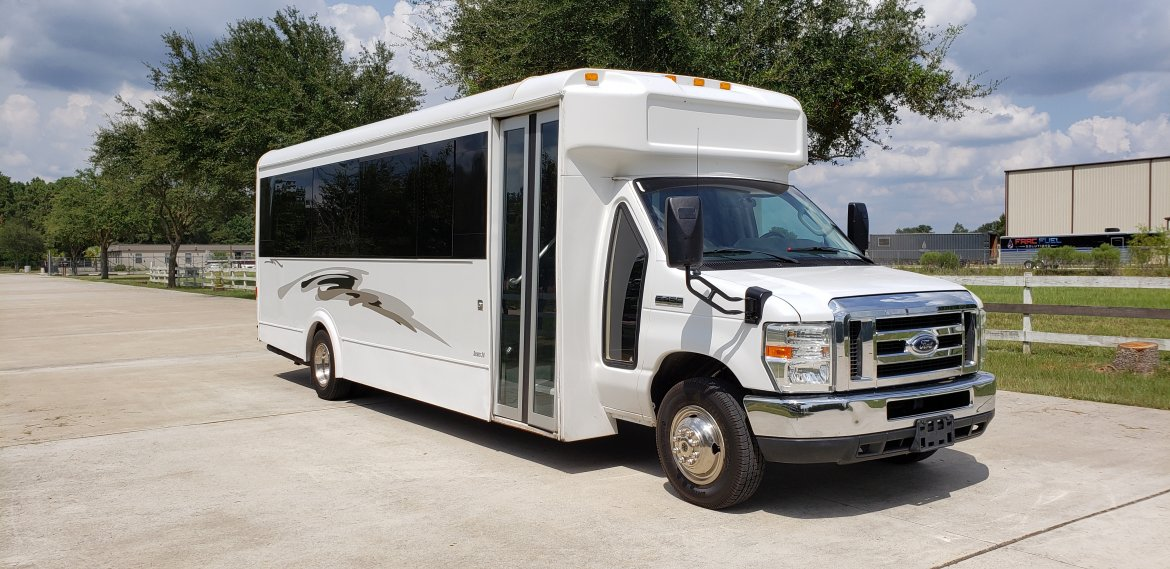 Limo Bus for sale: 2011 Ford E450 by LGE