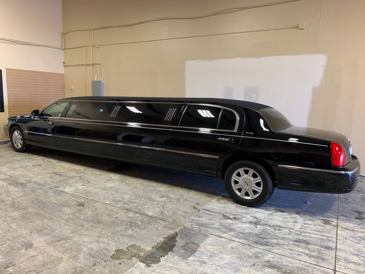 "Limousine for sale: 2010 Lincoln Town Car 120"" by Executive Coach Builders"