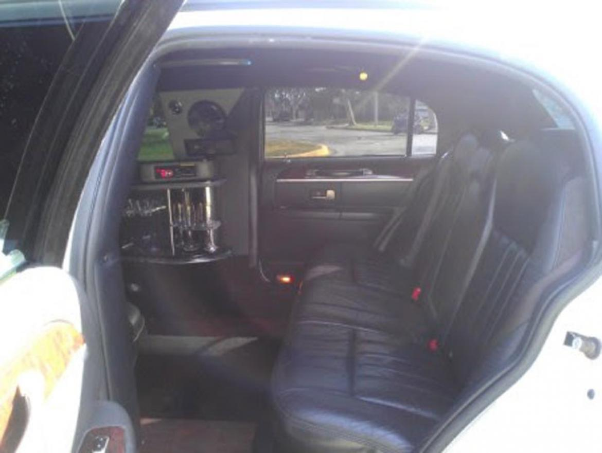 Used 2008 Lincoln Town Car For Sale Ws 10276 We Sell Limos
