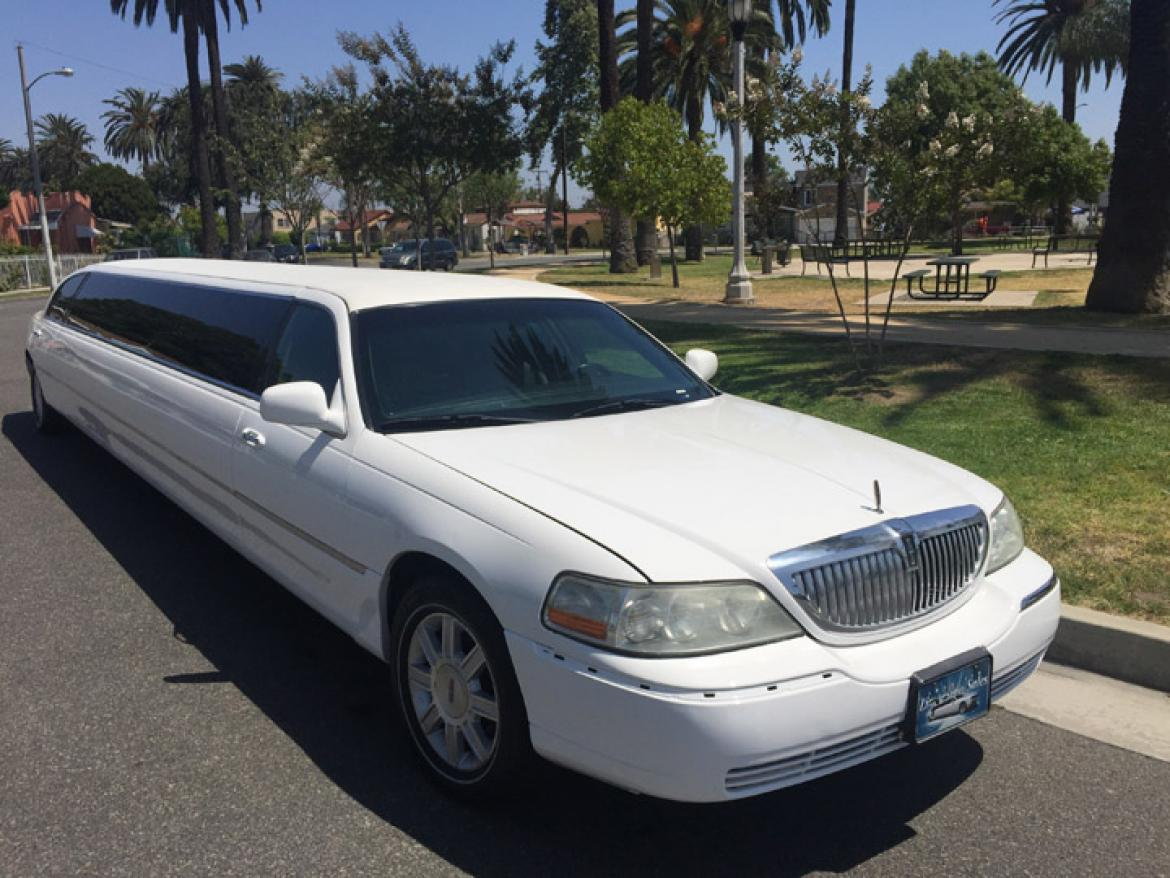 used 2008 lincoln town car for sale ws 10276 we sell limos. Black Bedroom Furniture Sets. Home Design Ideas