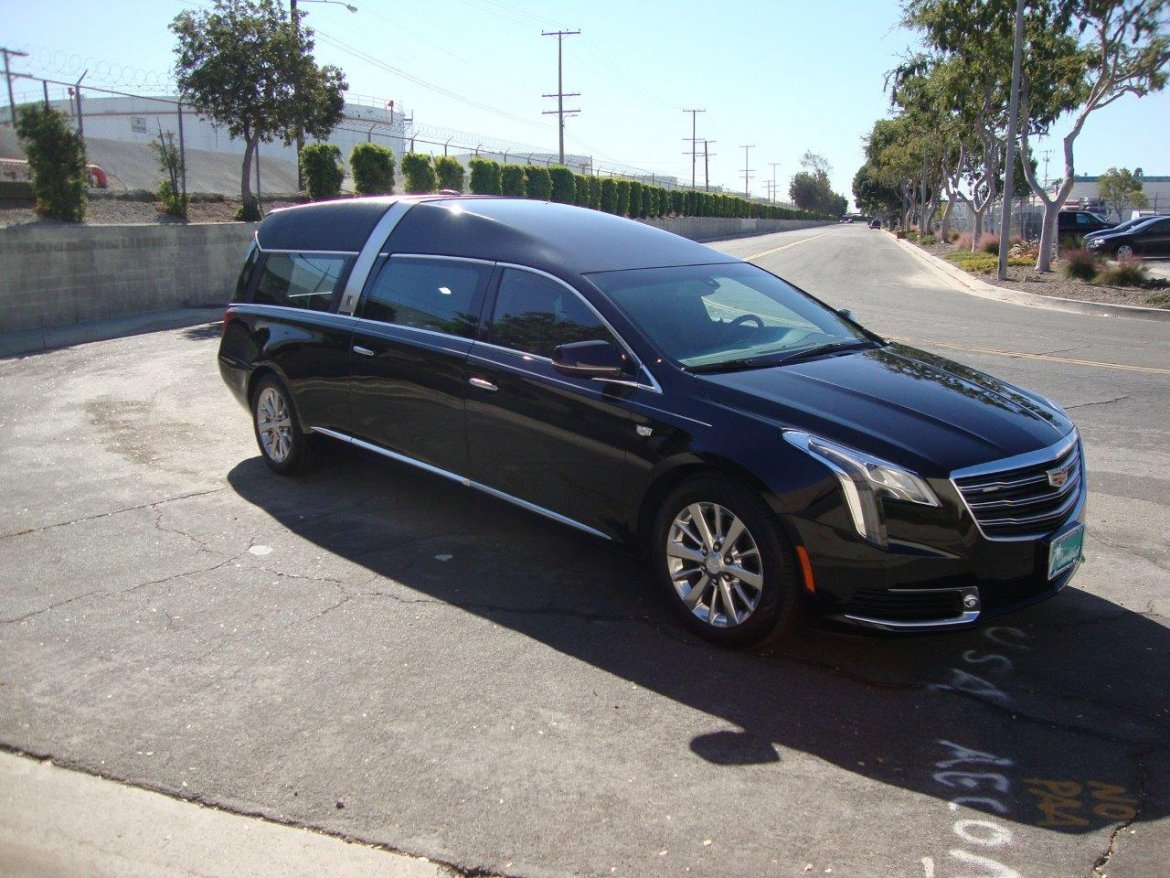 Funeral for sale: 2019 Cadillac XTS Crown Regal by Armbruster Stageway
