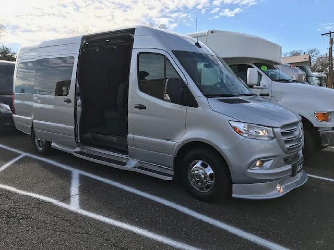 "Sprinter for sale: 2019 Mercedes-Benz 170"" 3500 22"" by Midwest Automotive Design"