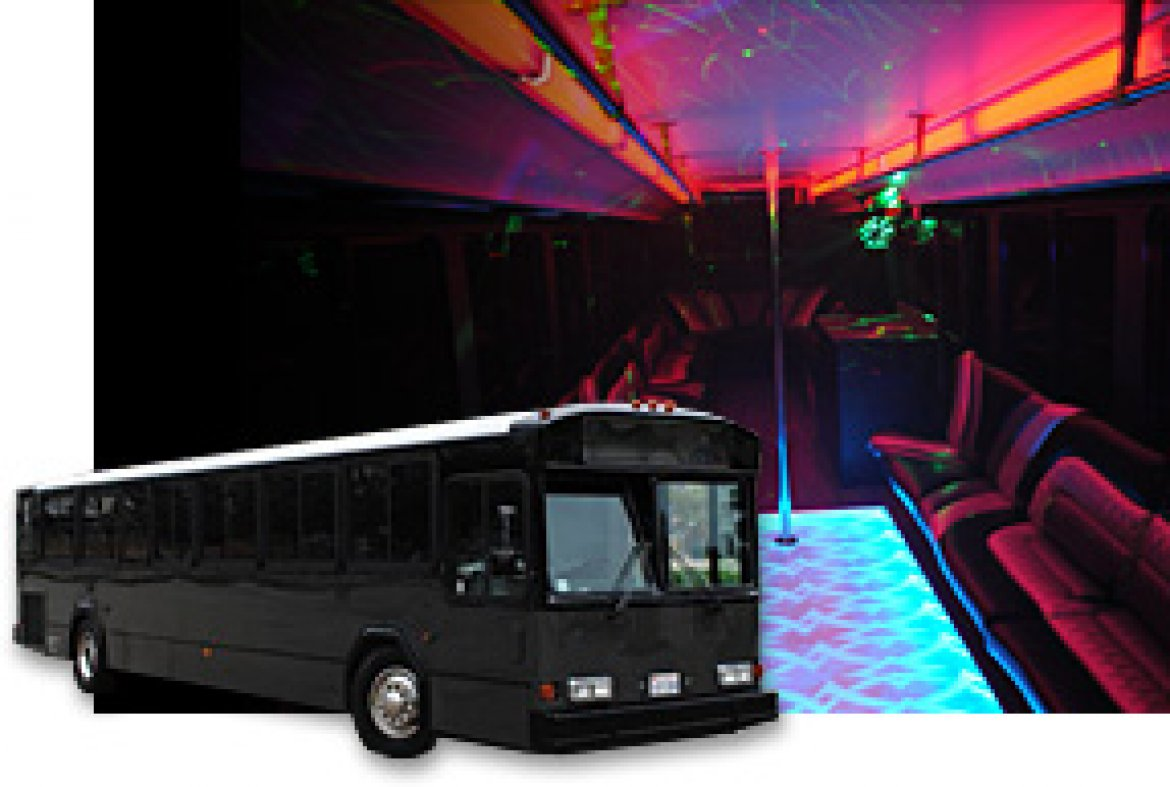 Limo Bus for sale: 1997 Gillig Phantom 40""