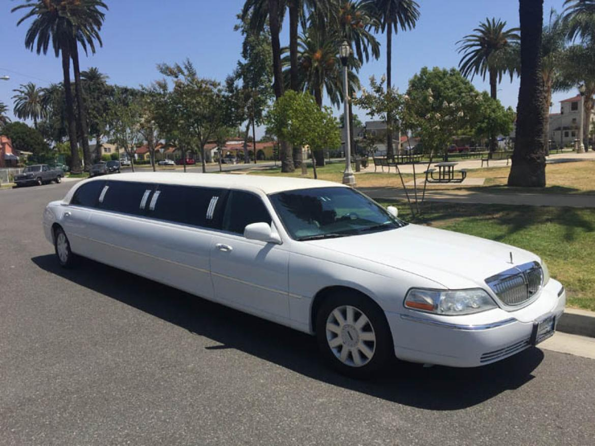 new 2004 lincoln town car for sale ws 10287 we sell limos. Black Bedroom Furniture Sets. Home Design Ideas