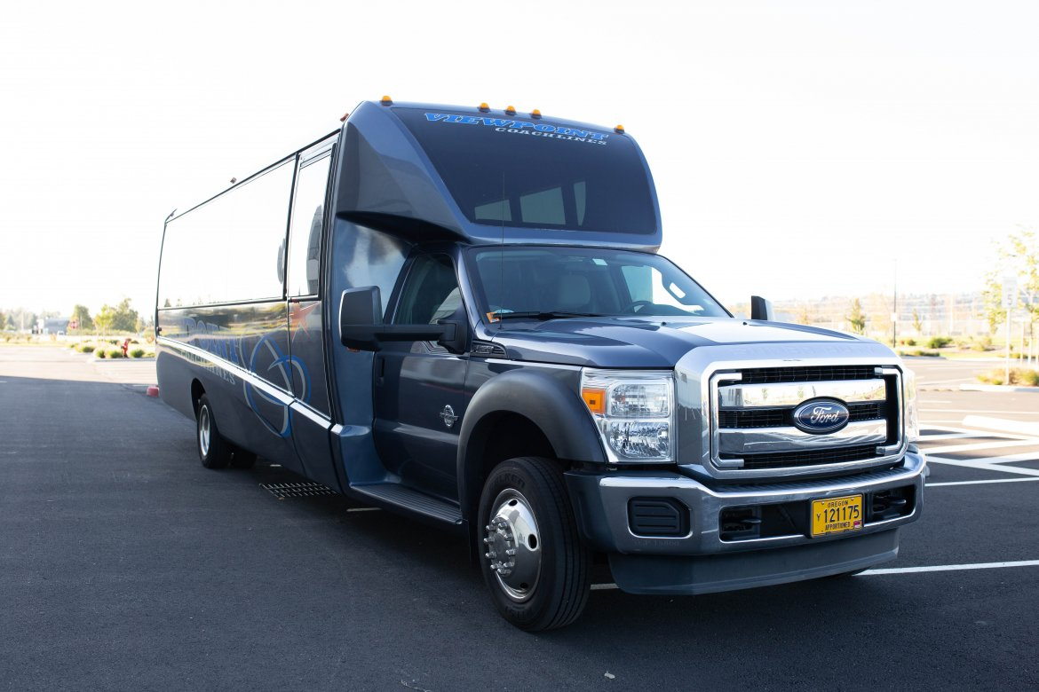 "Executive Shuttle for sale: 2013 Ford F550 33"" by Grech"
