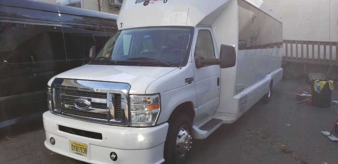 Limo Bus for sale: 2012 Ford E450 by Tiffany