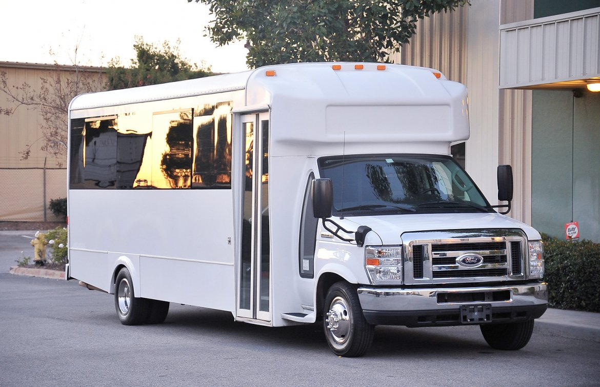 Limo Bus for sale: 2016 Ford E-450 by LGE