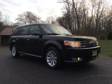 For sale: 2011 Ford Flex SUV