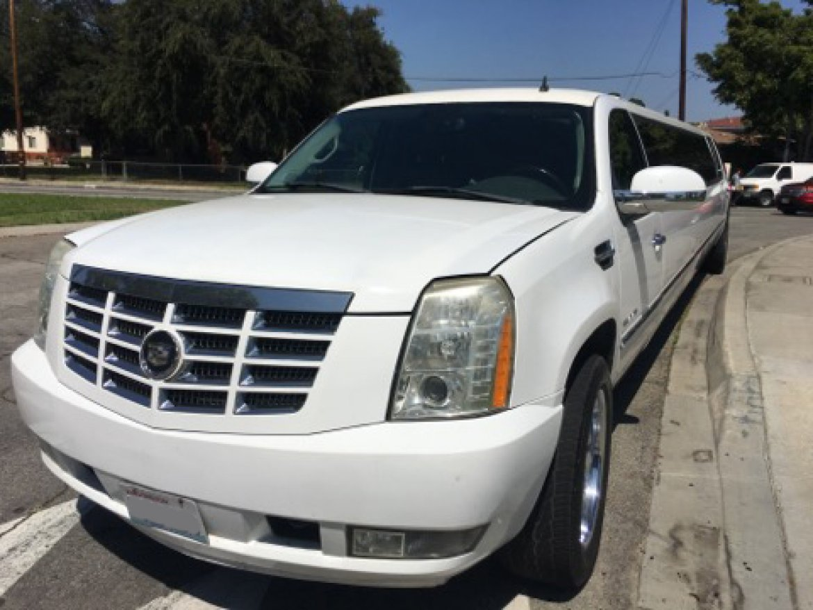 Limousine for sale: 2007 Cadillac Escalade