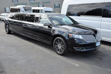 """For sale: 2015 Tiffany Coach 120"""" Lincoln MKT Limousine"""