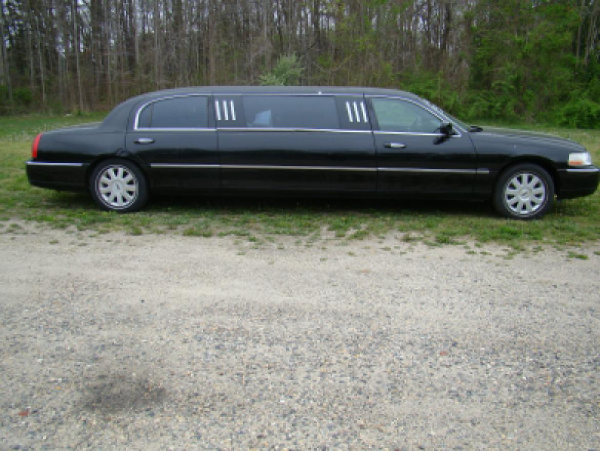 used 2005 lincoln town car royale for sale ws 10348 we sell limos. Black Bedroom Furniture Sets. Home Design Ideas