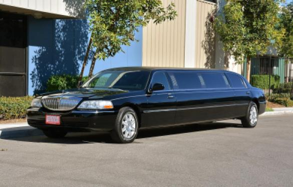 Used Rental Cars For Sale >> Used 2007 Lincoln TOWNCAR STRETCH for sale #WS-10349 | We Sell Limos