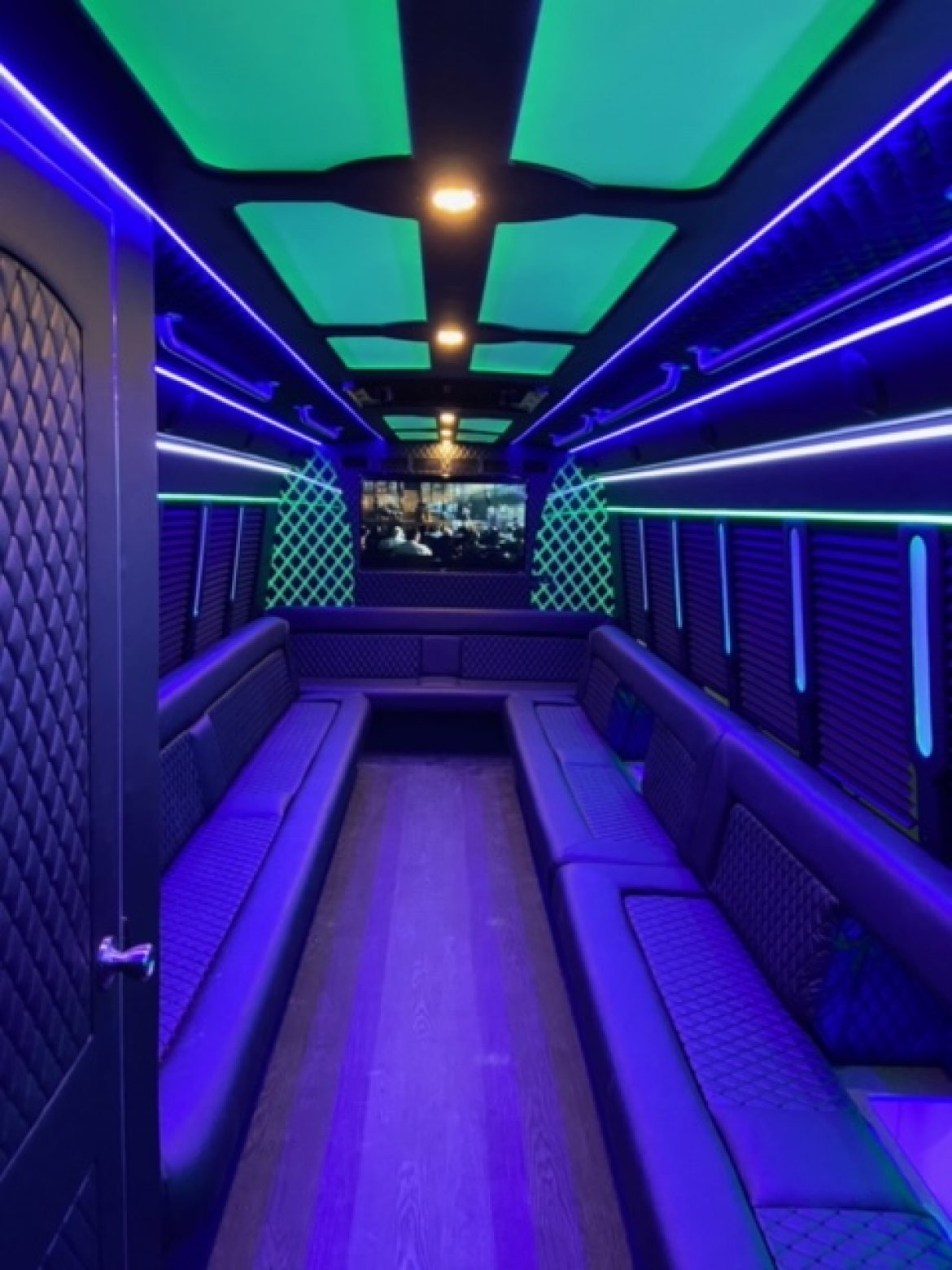 "Limo Bus for sale: 2013 Ford F550 Party Bus 35"" by Turtle Top GLOBAL MOTOR COACH"