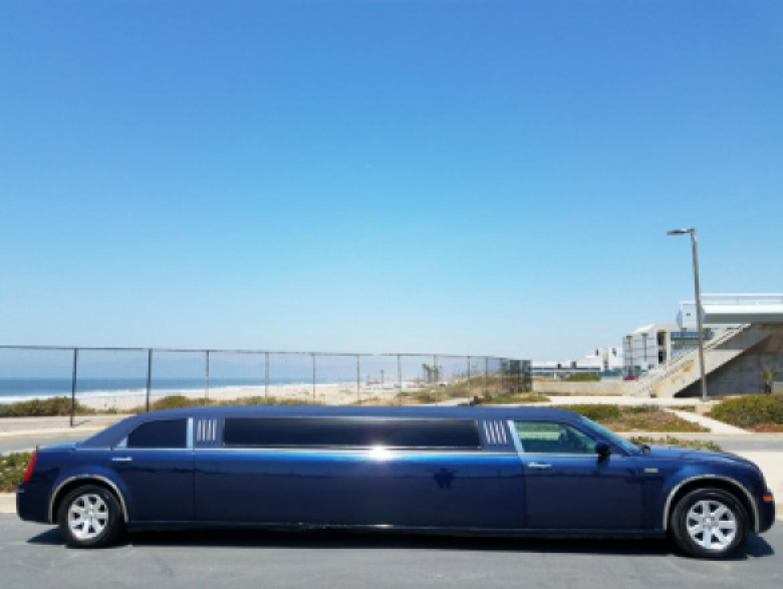 Limousine For Sale Chrysler In Los Angeles CA - Chrysler 300 limo