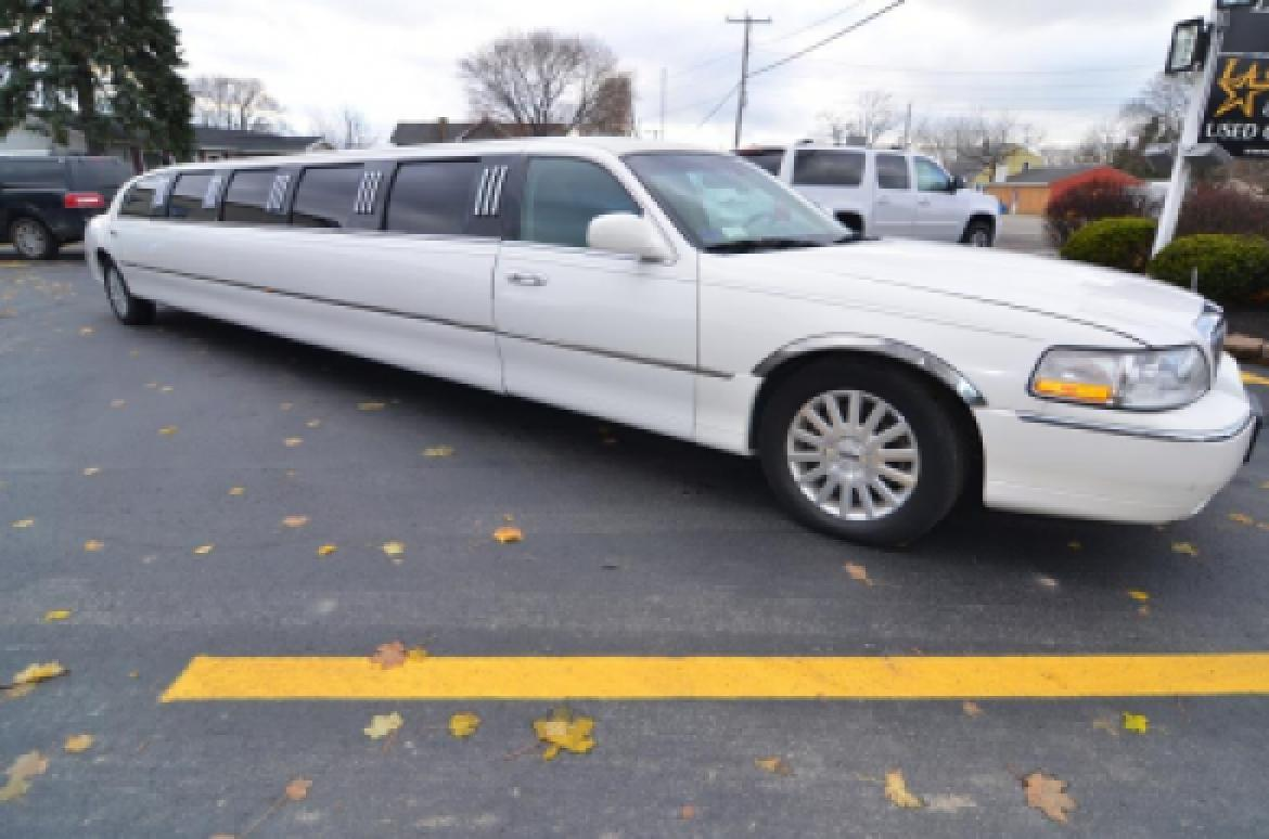 Used 2006 Lincoln Town Car For Sale Ws 10363 We Sell Limos