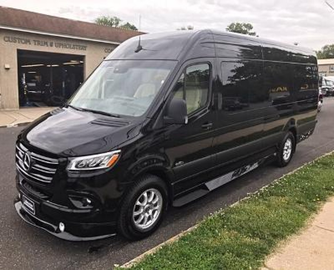 "Antique for sale: 2019 Mercedes-Benz 3500 170"" Extended SS 24"" by Midwest Automotive Design"