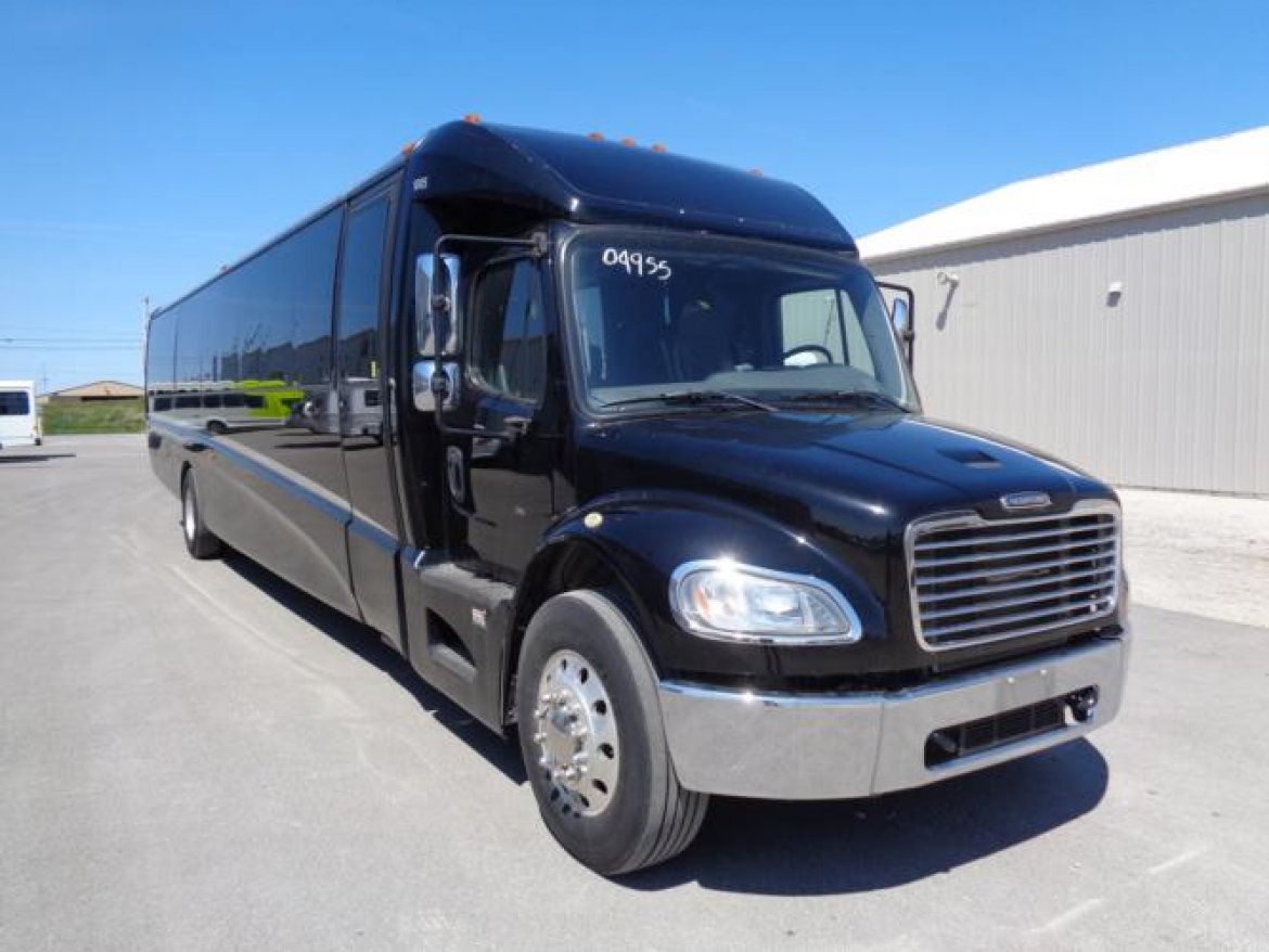 "Shuttle Bus for sale: 2016 Freightliner M2 - 33,000 lb gvw 45"" by Grech Motors"