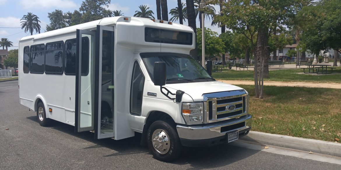 Limo Bus for sale: 2015 Ford E450