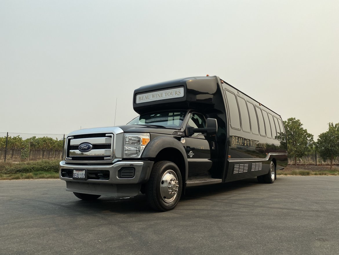 Executive Shuttle for sale: 2013 Ford f-550 by Krystal