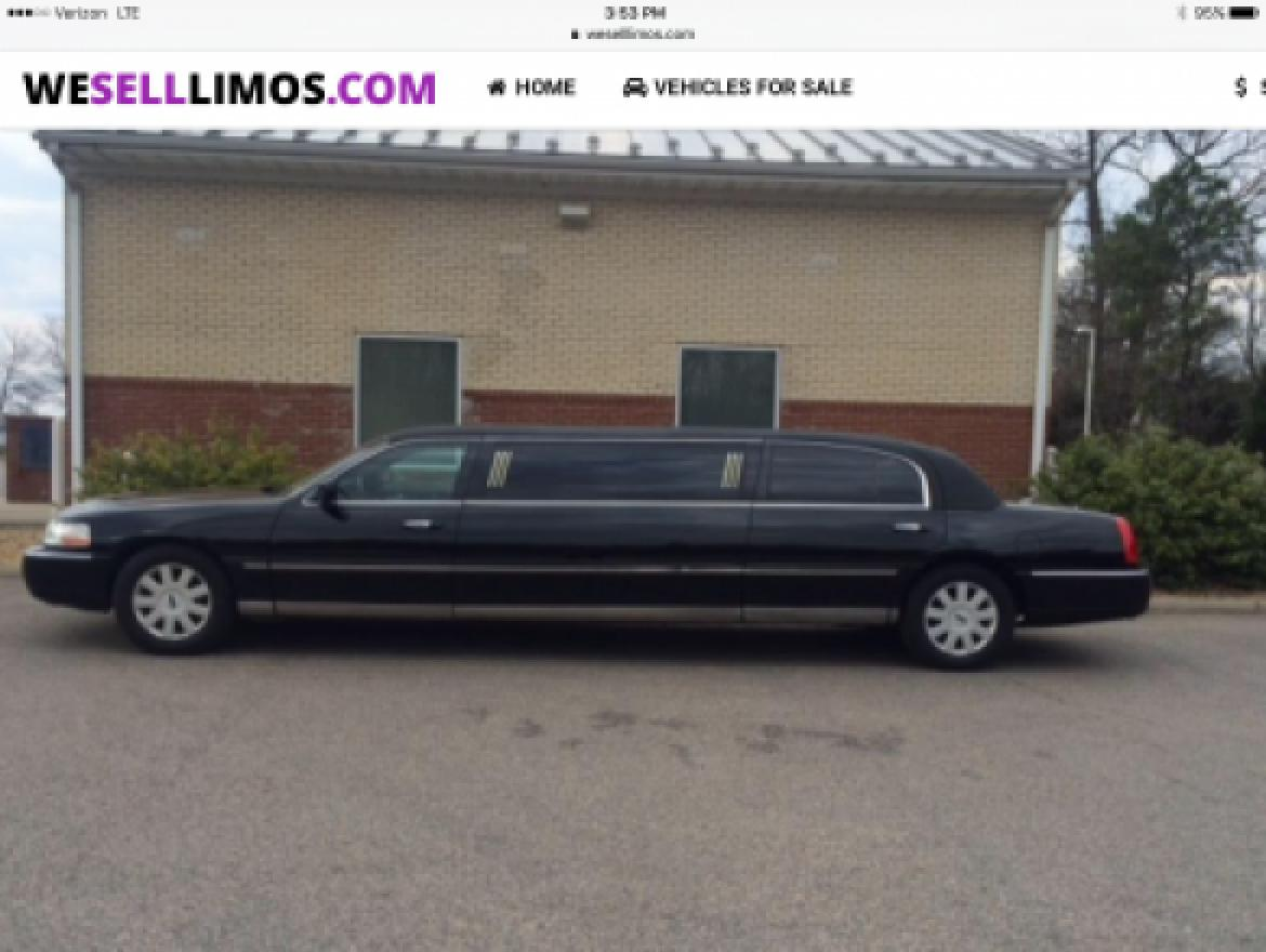 "Limousine for sale: 2006 Lincoln Town Car Limousine 72"" by Krystal"