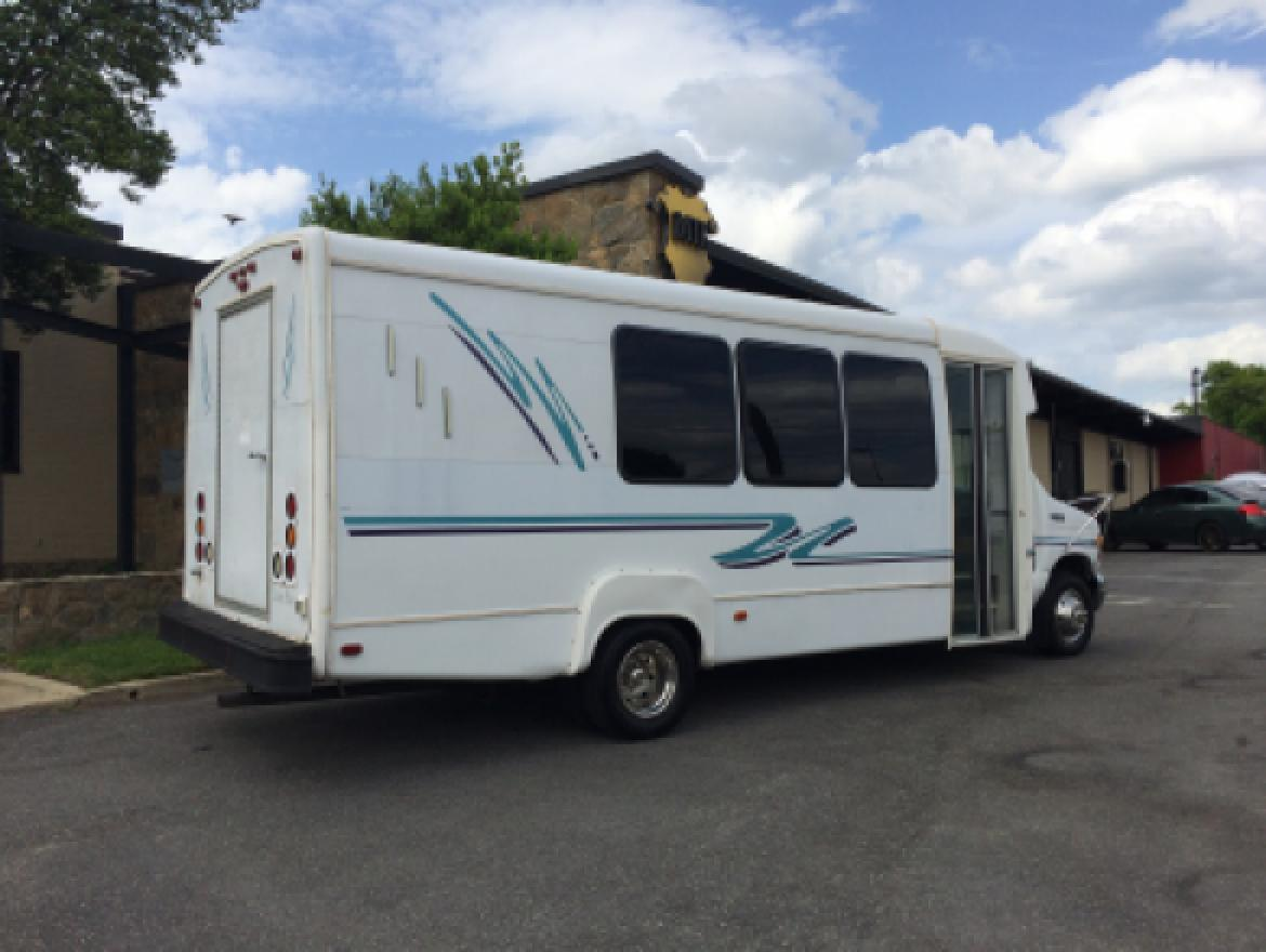 Photo of Limo Bus for sale: 1999 Ford E450